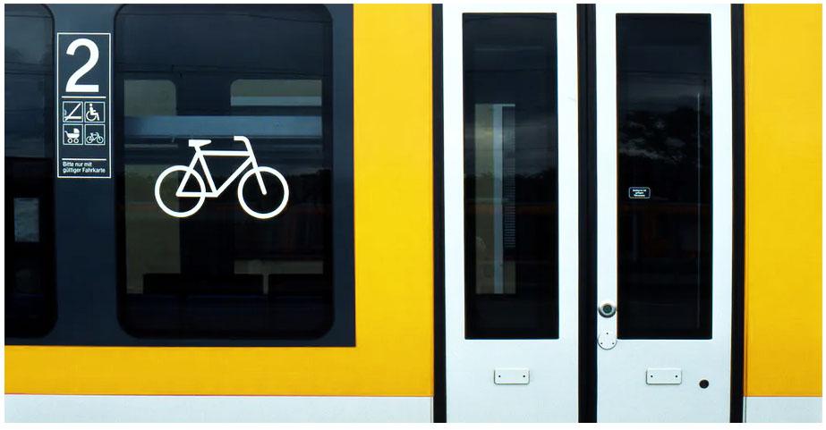 Bicicletas eléctricas en el transporte público